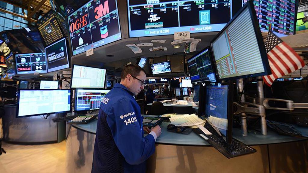 Global pendulum swings to protectionism again