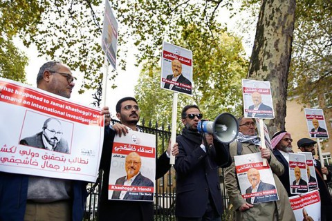 October 26, 2018 | Journalist and activist friends of Saudi journalist Jamal Khashoggi made a press statement in front of the Embassy of Saudi Arabia in London.