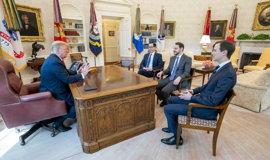 Turkish Minister of Treasury and Finance Berat Albayrak (2nd R) attends a meeting with U.S. President Donald Trump (L), US Secretary of the Treasury Steven Mnuchin (3rd R) and US president Donald Trump's senior adviser Jared Kushner (R) in Washington, United States on April 15, 2019. [Anadolu Agency]