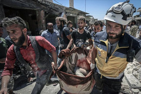 The death toll from airstrikes carried out by Russian and Syrian regime forces Monday morning in the de-escalation zone in Idlib province rose to 50 civilians, according to the White Helmets civil defense agency.