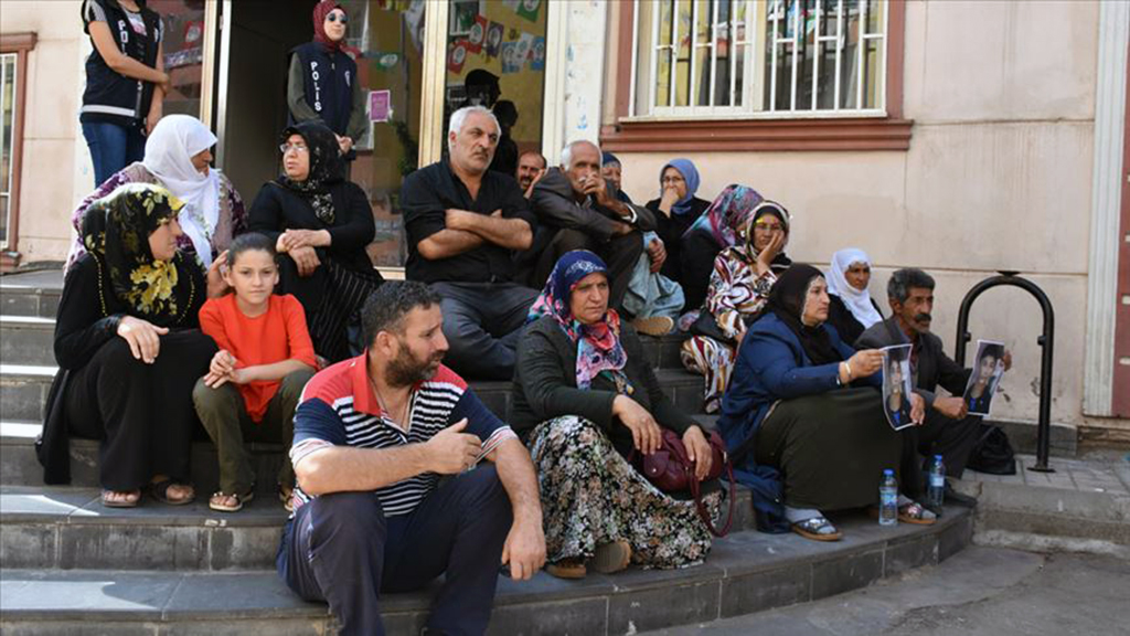 Families stage protest in front of opposition party building in southeastern Turkey to save their kids from PKK terrorists