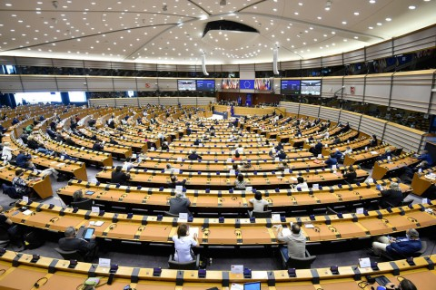 European Union lawmakers attend a plenary session at the European Parliament in Brussels, Sept. 16, 2020. (AFP Photo)