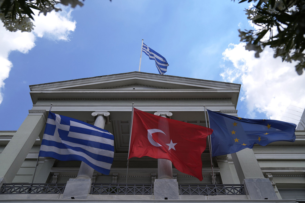 More visionary approach key to improve Turkish-Greek ties